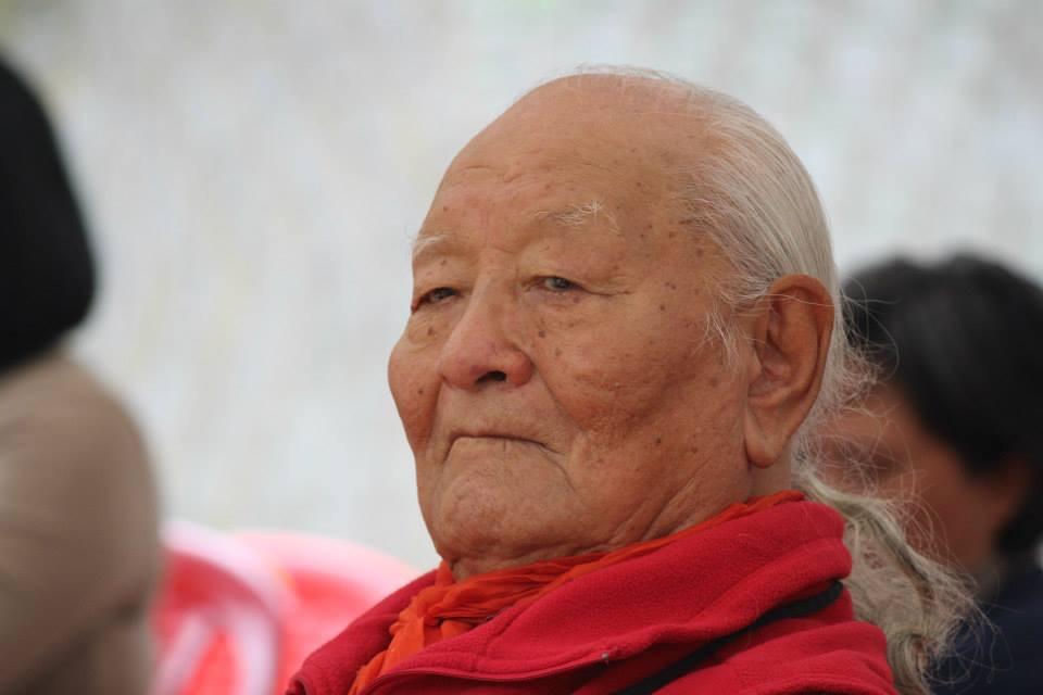Queridos Hermanos y Hermanas del Vajra : Algunas noticias sobre la salud de nuestro precioso Maestro.